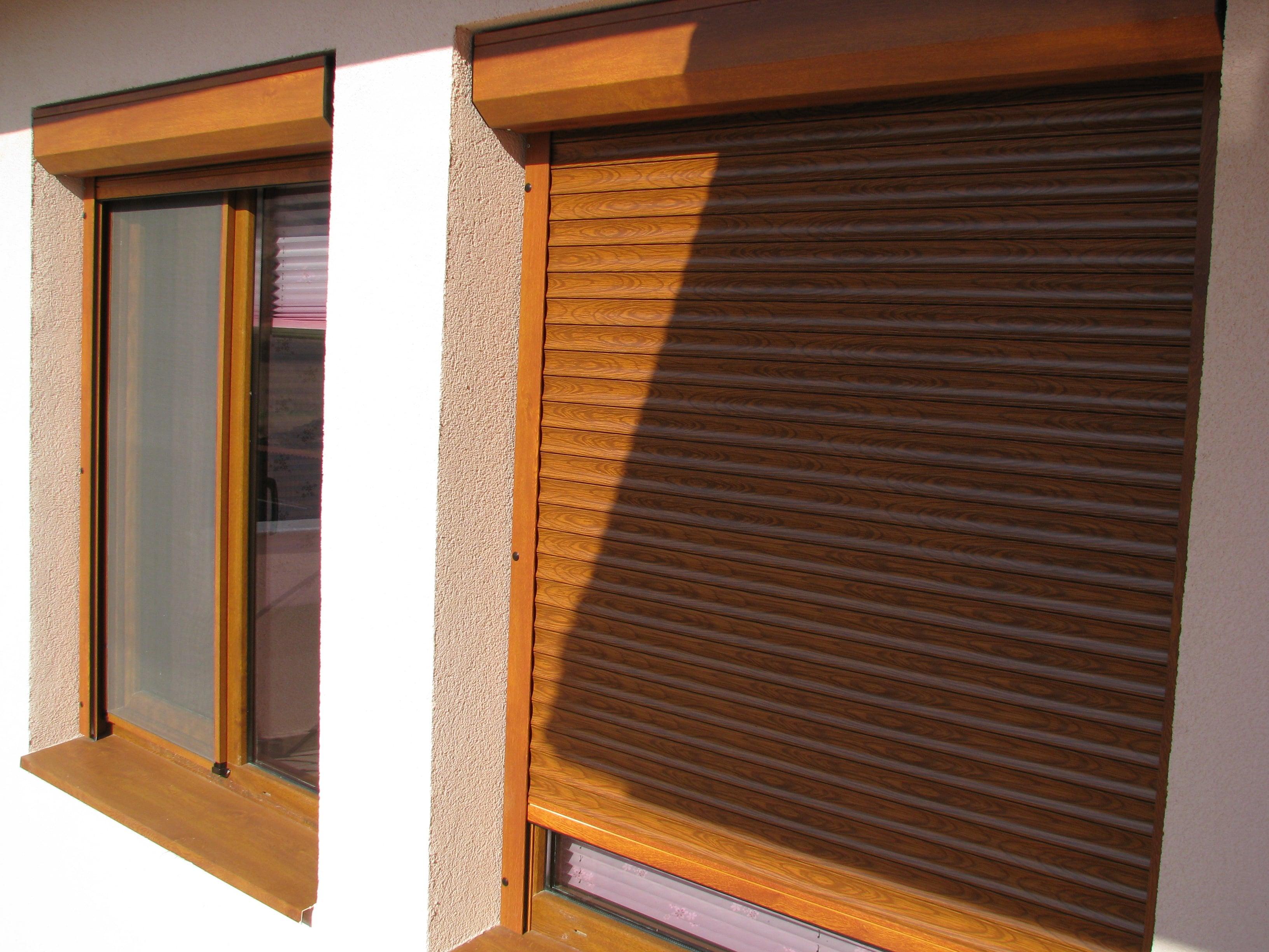 Rulouri exterioare textura lemn-min